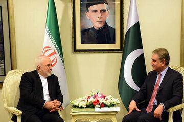 سفر قریشی به تهران؛ همسویی ایران و پاکستان از حوزه های اقتصادی تا تحولات منطقه ای