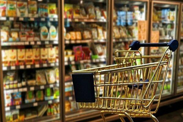 مردم توان خرید مواد غذایی را ندارند  گرانی حبوبات در اردبیل