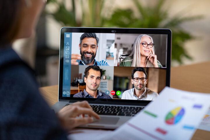 چالشهای کارفرمایان برای فراهم کردن محیط ترکیبی کار عادلانه