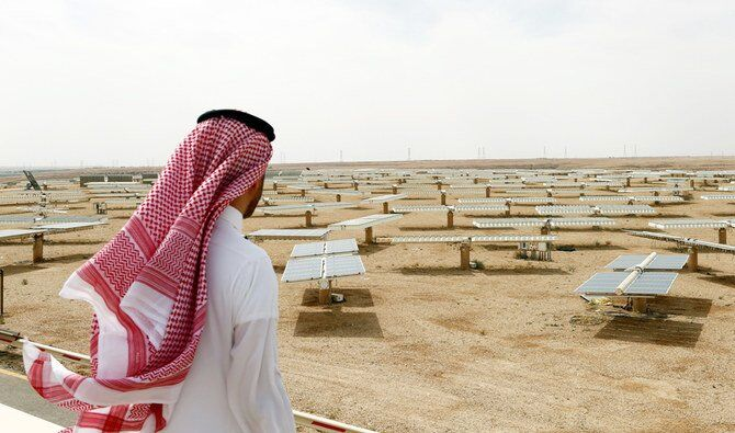 تلنگر بزرگ به  اقتصاد نفتی در بیابان سعودی!| ۱۰ میلیارد درخت و انرژی خورشیدی