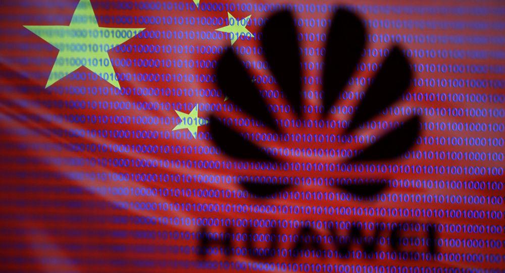 تلاش «هوآوی» برای خلاص شدن از تحریمهای آمریکا