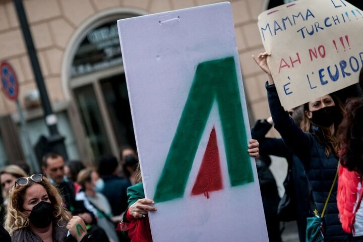 ایتالیا 10