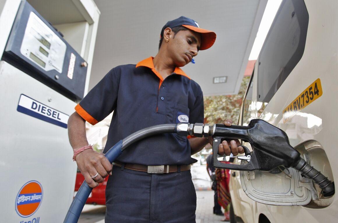 بحران کرونا در هند مازاد عرضه نفت را در پی خواهد داشت