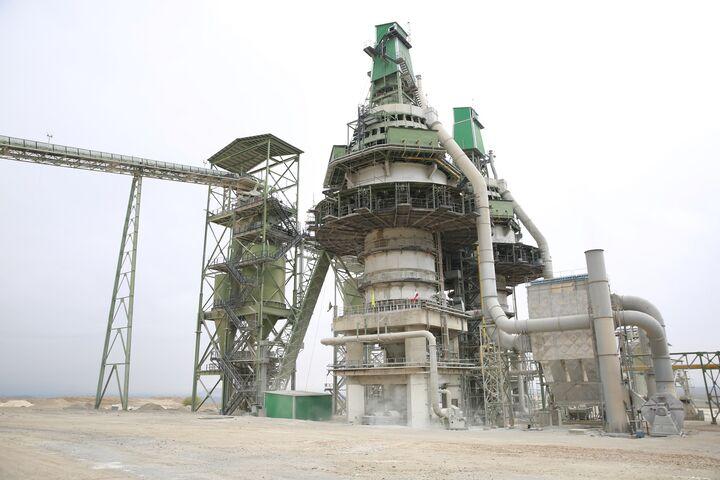 کارخانه فرآوری سنگ معدنی دولومیت نهاوند امسال راه اندازی می شود