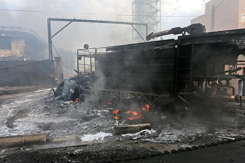 آتش سوزی کارخانه تولید الکل در قم؛ دادستانی ورود کرد