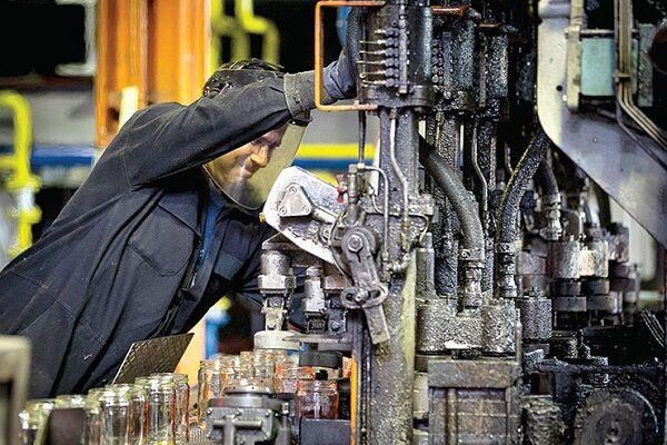 دستمزدهای کارگری ۳۰ تا ۴۰ درصد از دستمزد واقعی عقب است/ توجه به قشر کارگر لازمه توسعه