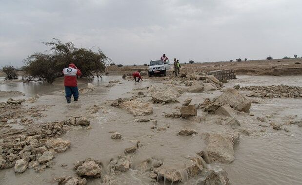 بسته شدن راههای روستایی در سیل جنوب کرمان