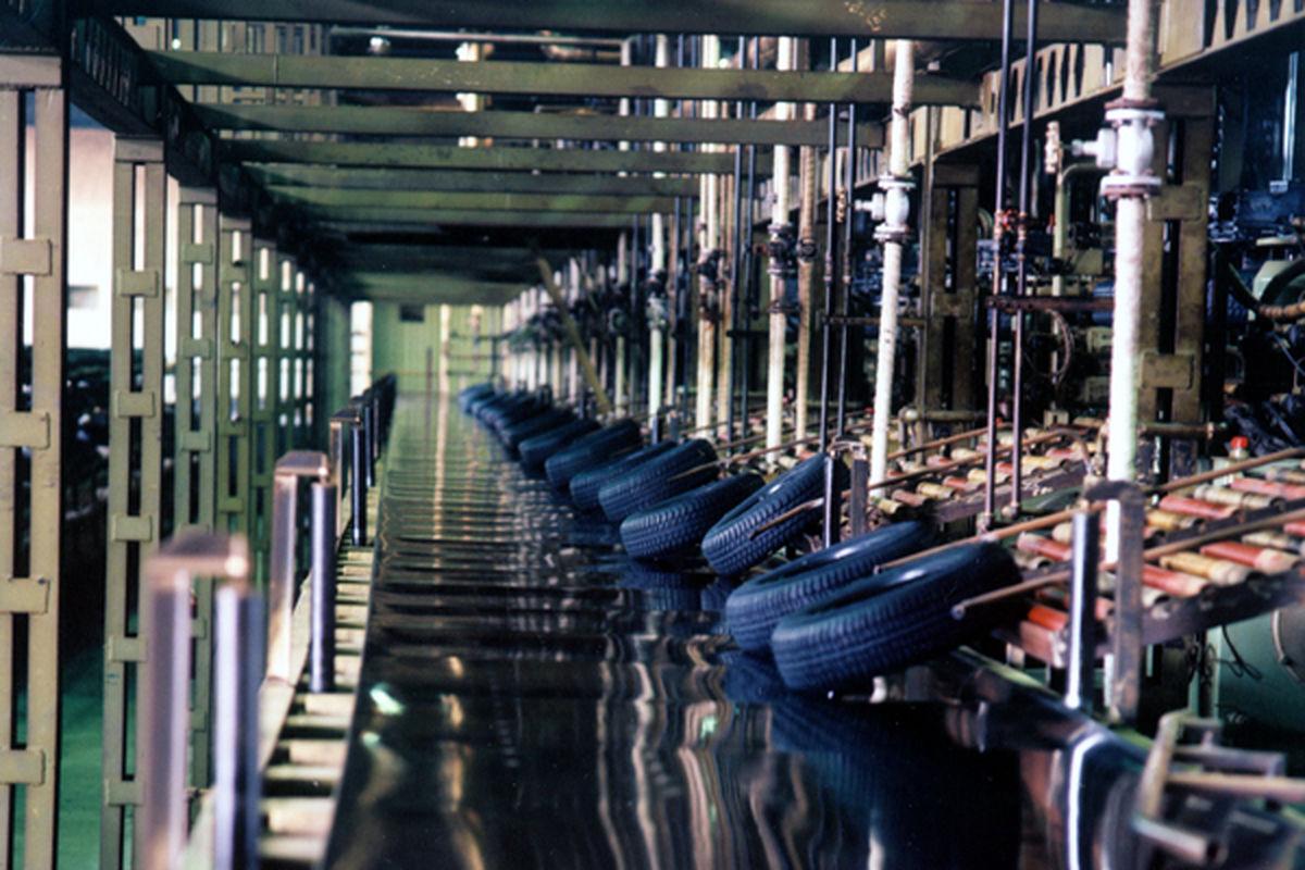 تولید لاستیک داخلی باید ارزانتر از چینی باشد  مدعی کیفیت باید صادرات داشته باشد