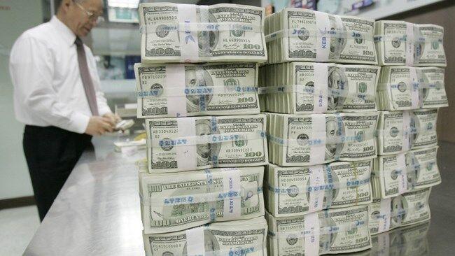 تورم امریکا به بالاترین سطح طی ۱۳ سال اخیر رسید؛ ارزش دلار در بازار جهانی کاهش می یابد