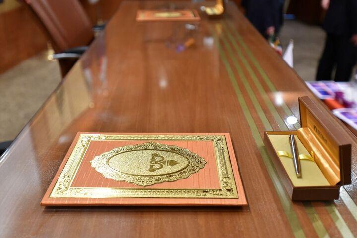 قرارداد توسعه میدان گازی فرزاد امضا شد