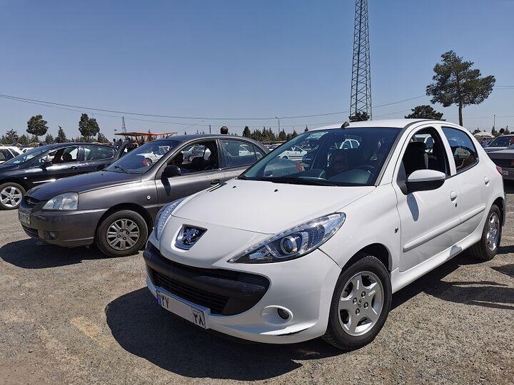 ۷ خودرو با اختلاف قیمت ۳۱ تا ۳۷۰ میلیون تومان در بازار  سودجویان کدام محصولات را می خرند؟