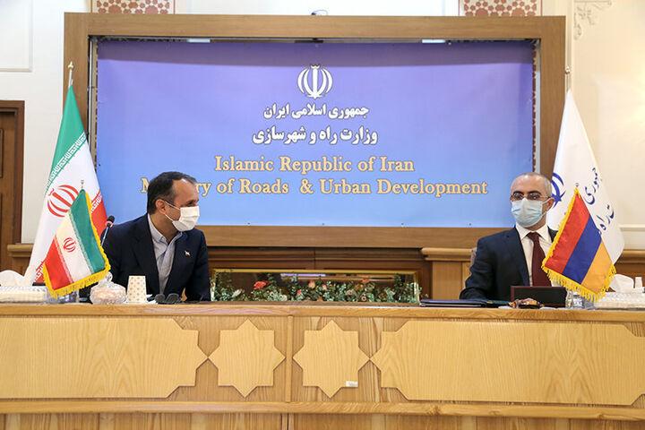 اعلام آمادگی ایران و ارمنستان برای کاهش عوارض تردد جادهای و تسهیل تردد مرزی