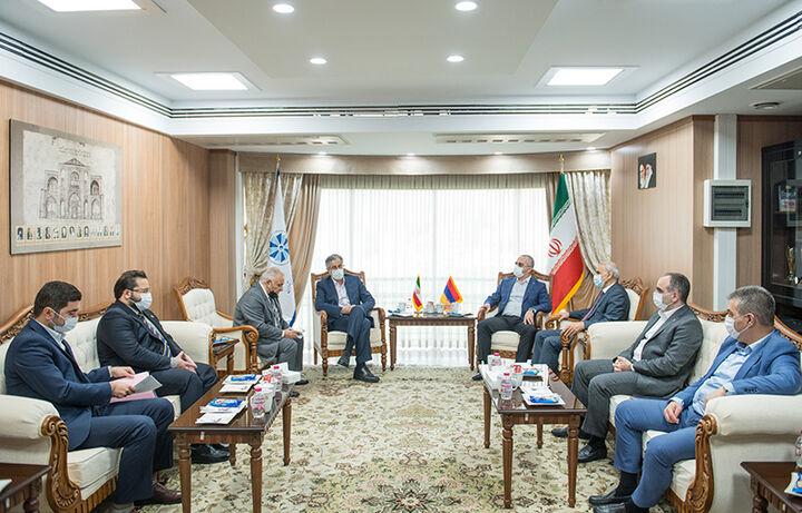آمادگی ایران و ارمنستان برای توسعه روابط تجاری و اقتصادی