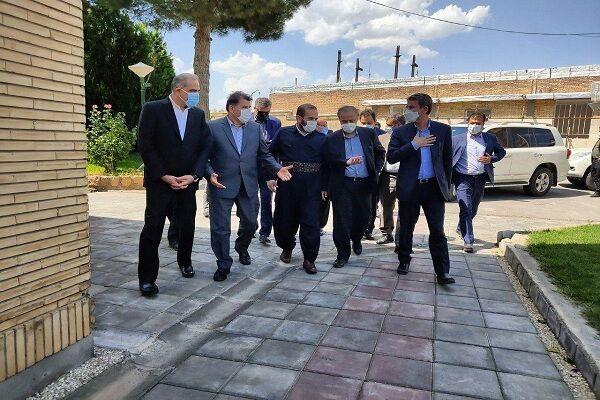وزیر صمت از پایانه مرزی تمرچین بازدید کرد