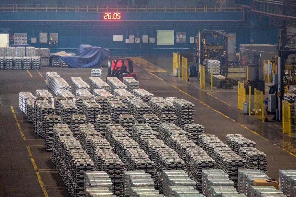 استخراج بیش از ۶ میلیون تن سنگ آهن  تولید ۶۱۵ هزار تن ورق گرم فولادی