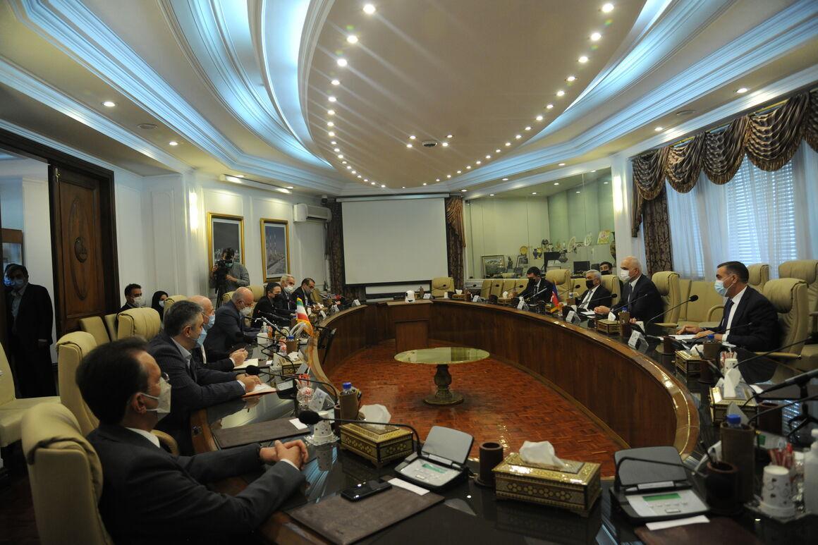 تأکید بر توسعه روابط تجاری و گازی ایران و جمهوری آذربایجان