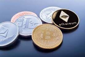 تثبیت قیمت بیت کوین در مرز ۳۴ هزار دلار؛ استرالیا هم برای مبادلات رمز ارز مالیات تعیین کرد
