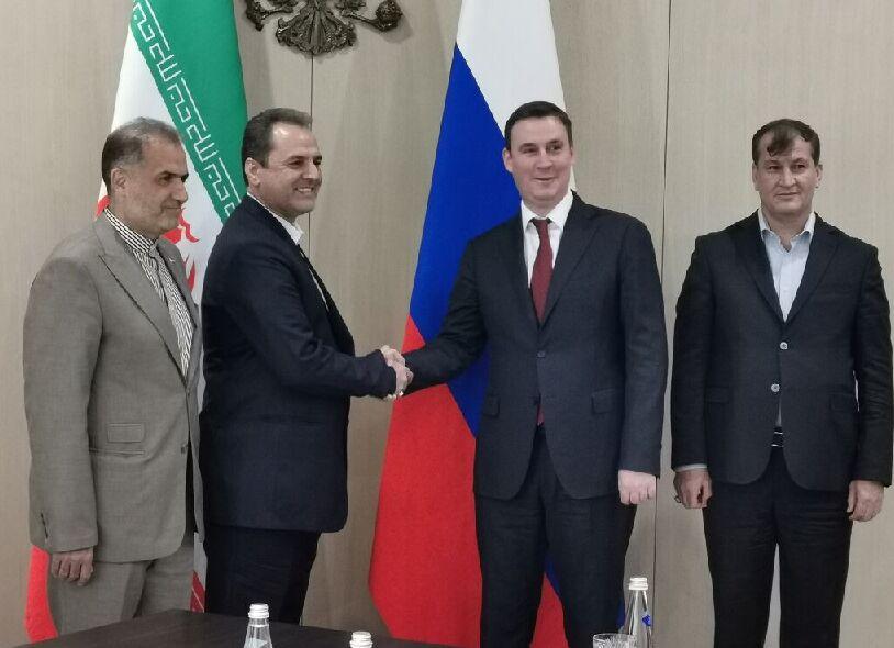 خاوازی در مسکو؛ سفر برای واردات یا حل مشکلات صادرات؟