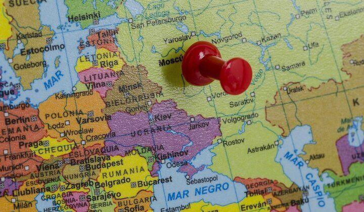 دولت ایران هیچ هدفی برای کسب بازار اروپای شرقی ندارد!