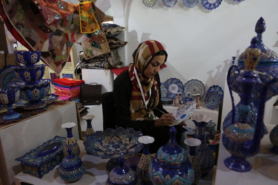 ۴۰ درصد از کارآفرینان و تسهیلگران بنیاد برکت را بانوان تشکیل میدهند