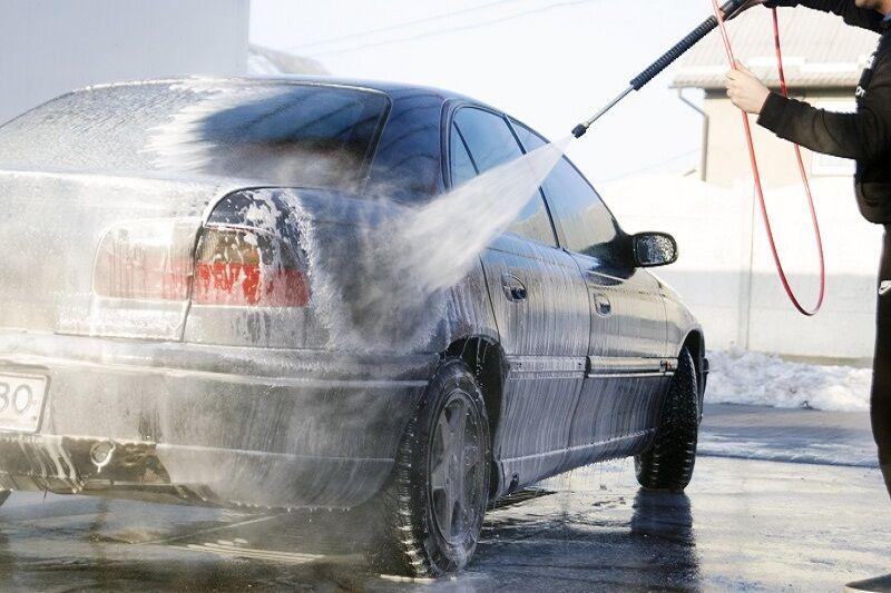 استفاده از آب شُرب در برخی کارواش های تهران| مصرف آب در پایتخت به ۳.۵ میلیارد لیتر رسید
