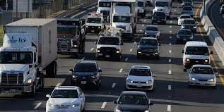 سن خودروها و کامیون های سبک آمریکا به ۱۲.۱ سال رسید