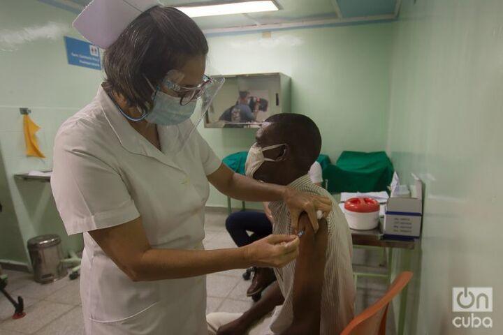 تزریق دو میلیون دوز واکسن سابرینا در کوبا