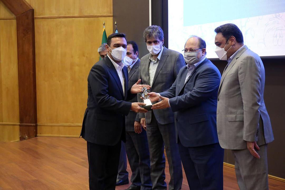 صبا فولاد خلیج فارس شرکت برتر در وزارت کار معرفی شد