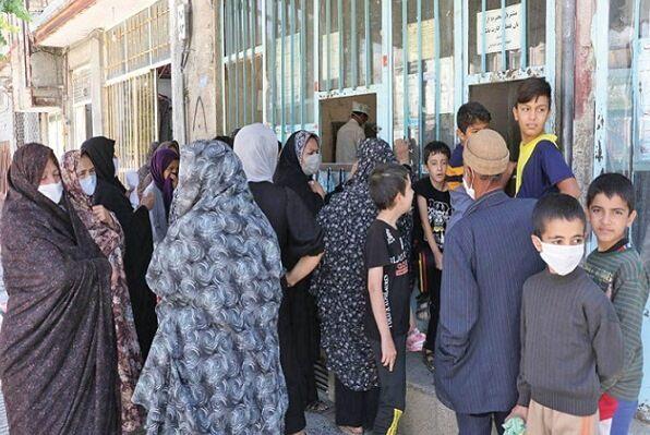 ازدحام در نانواییهای خراسان شمالی | نان بازهم دغدغه مردم شد