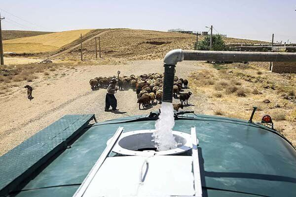 رفع بخشی از مشکل آب کرمان به صورت اضطراری؛ ۸۰ درصد کمبود همچنان باقی ماند