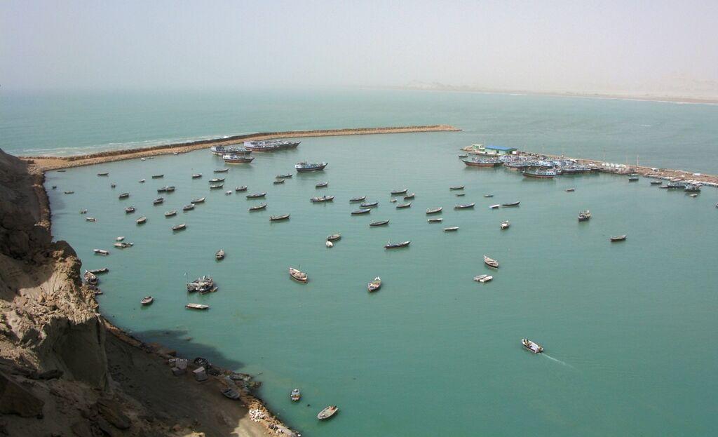 مردم باید درباره تاثیر دریا در توسعه اقتصادی آگاه شوند