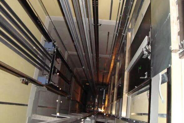شرکت های آسانسورسازی در طبقه ورشکستگی ایستاده اند/ امنیت آسانسورها با شرایط کنونی رو به کاهش است