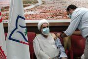 امام جمعه آبادان واکسن «کووایران برکت» را دریافت کرد