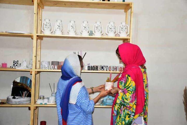 افتتاح یک کارگاه صنایع دستی در آبادان