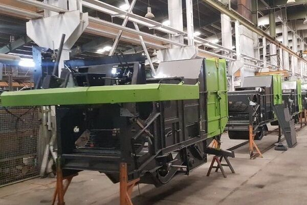 احیای تنها کارخانه تولید ماشین آلات صنعتی کشاورزی شمال غرب کشور