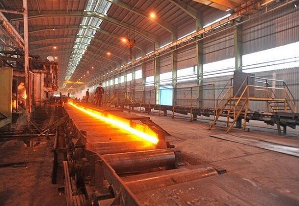 تولید ۴۰ درصدی فولاد فقط با ۲ هزار مگاوات ساعت برق