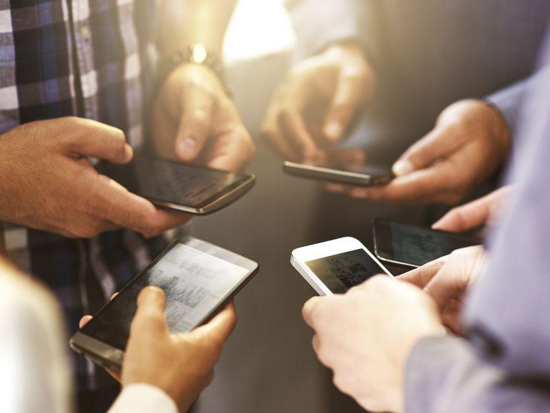 توسعه اپلیکیشن های مالی موبایل در سراسر جهان  رشد ۸۸ درصدی در حوزه سرمایه گذاری