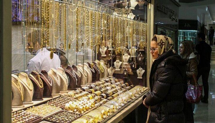 بازار طلا هفته آینده رونق می گیرد  کاهش قیمت سکه و طلا