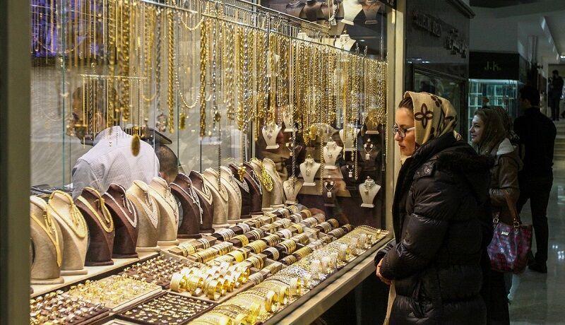 خرید و فروش طلا به حداقل رسید  دلایل افت قیمت اونس جهانی طلا