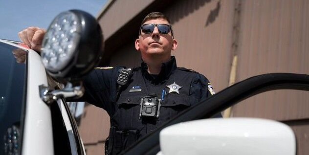 رونمایی از سیستم ویدیویی متکی بر هوش مصنوعی برای خودروهای پلیس
