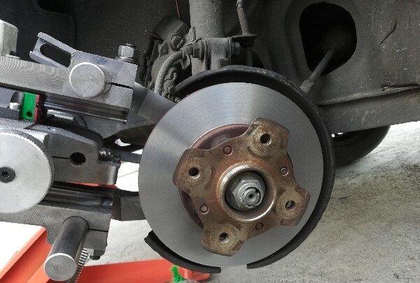 طراحی و تولید دستگاهی ویژه برای دیسک خودرو توسط یک شرکت دانش بنیان