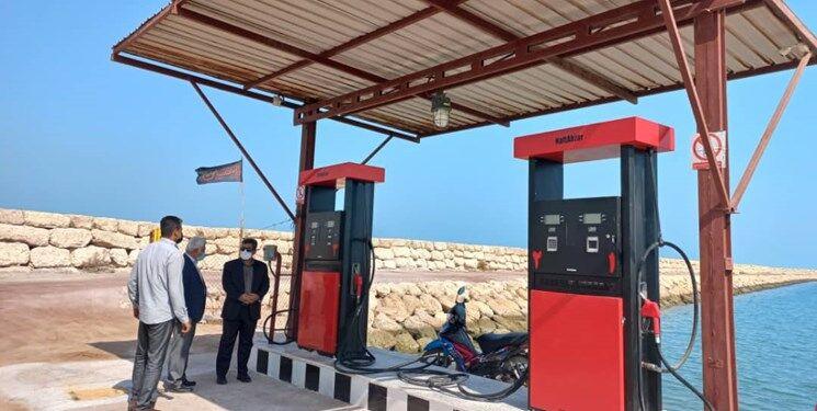 آغاز فعالیت نخستین پمپ بنزین ساحلی کشور با ورود دستگاه قضایی هرمزگان