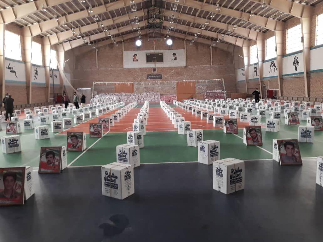 ۶۰۰۰ بسته نوشتافزار بین دانشآموزان نیازمند گلستان اهدا شد