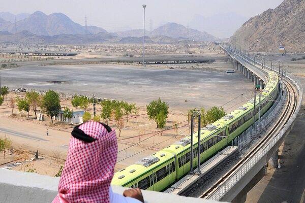 لزوم بهبود روابط سیاسی- تجاری ایران با همسایگان عرب| تشکیل شبکه ریلی شورای همکاری خلیج فارس