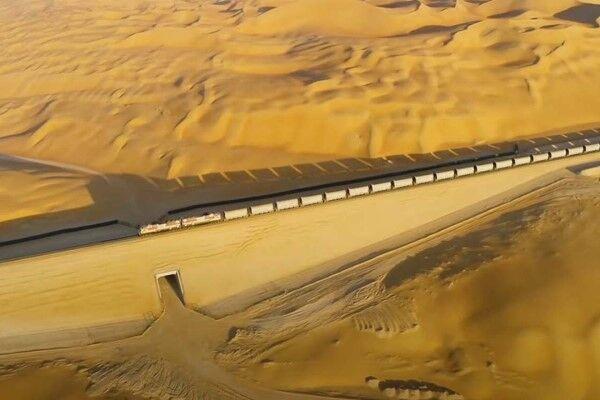 ساخت پروژه ۱۰۰ میلیارد دلاری راه آهن در صحرا